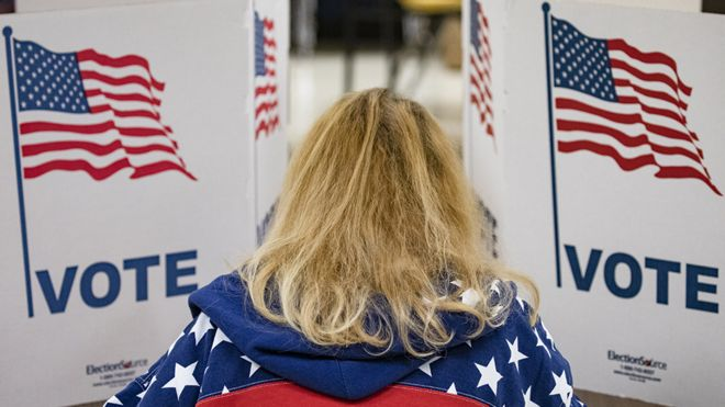 Eleitor americano na cabine