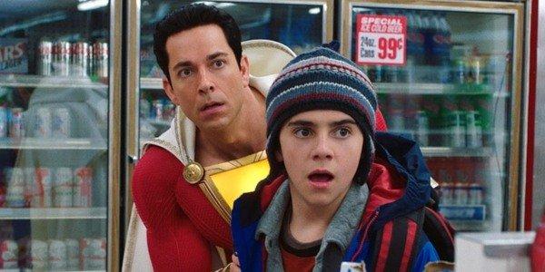 Zachary Levi como Billy Batson / Shazam!  e Jack Dylan Grazer como Freddy Freeman em Shazam!  (2019)