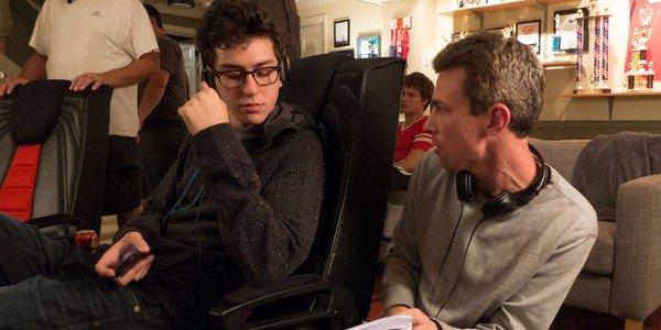 Josh Boone com Nat Wolff fazendo The Fault In Our Stars
