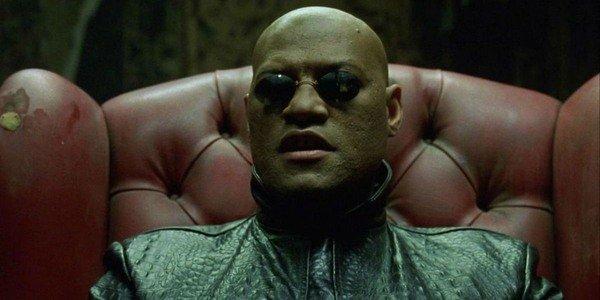 Laurence Fishburne como Morpheus em Matrix