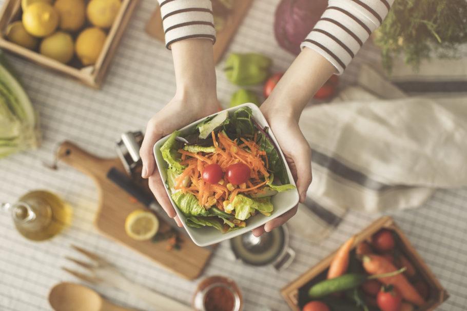 Alimentação saudável não é exatamente só o que nos dizem ser