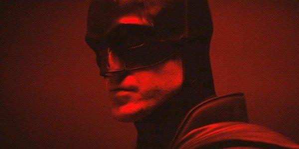 O Batman Robert Pattinson durante seu teste de figurino