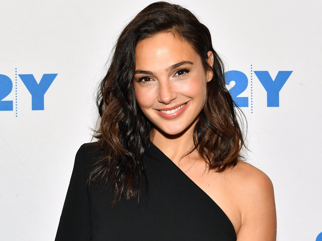 Wonder Woman' actress Gal Gadot is nervous to host 'SNL' - Insider