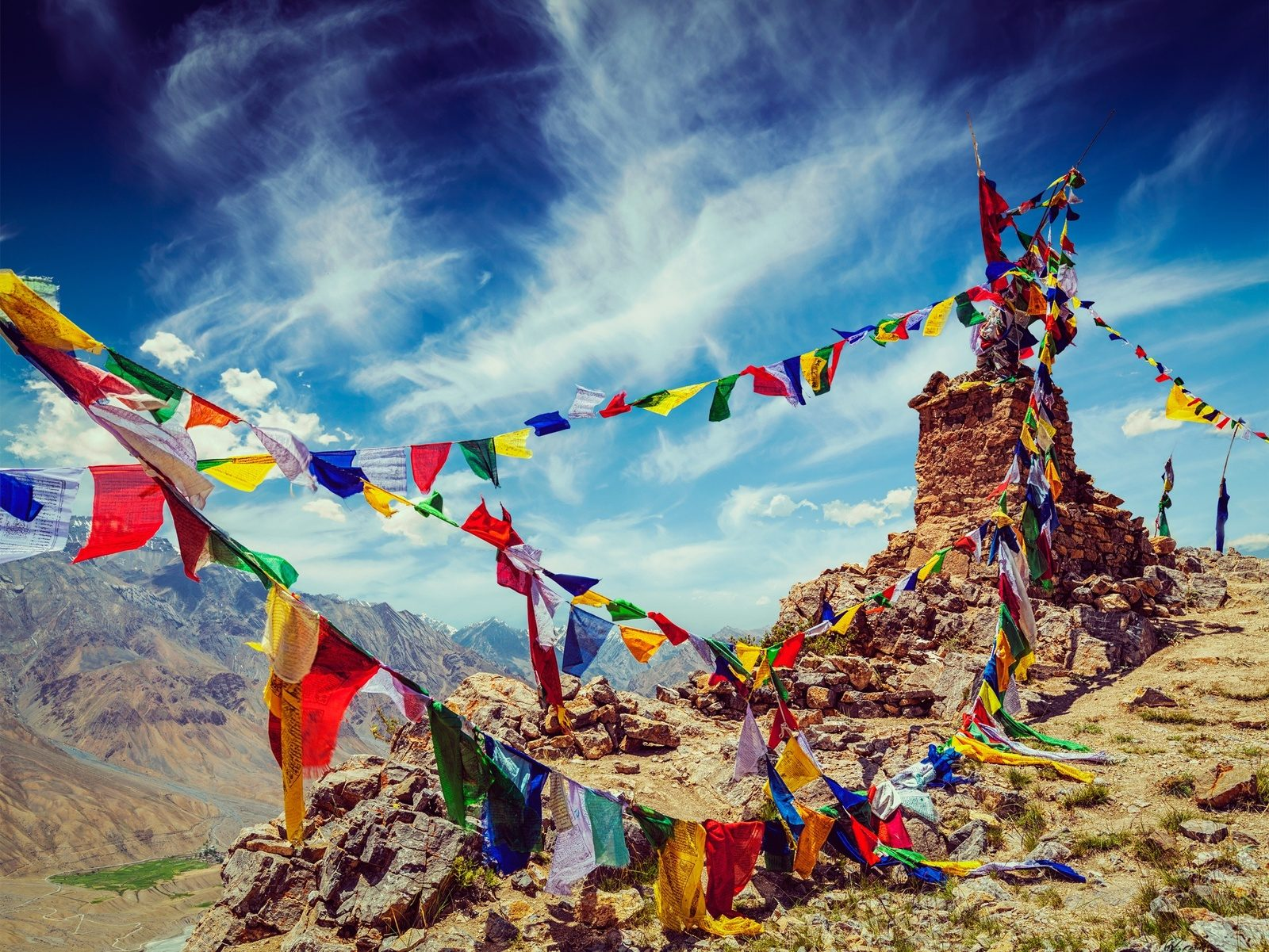 5 Unmissable Treks in the Indian Himalaya - Much Better Adventures Magazine