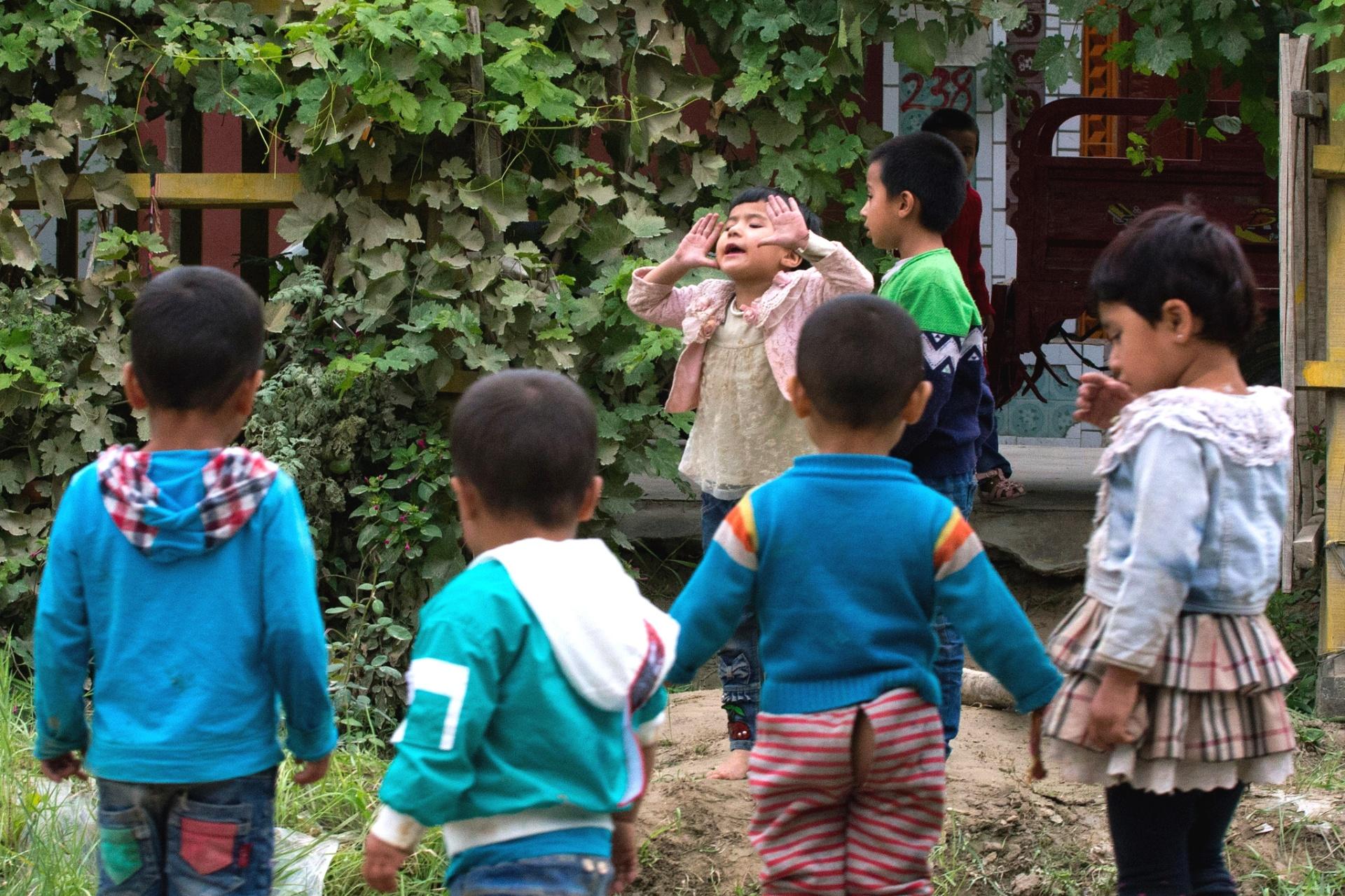 Após prender pais por 'subversão', China coloca crianças de minoria muçulmana sob tutela do Estado - 22/09/2018 - UOL Notícias
