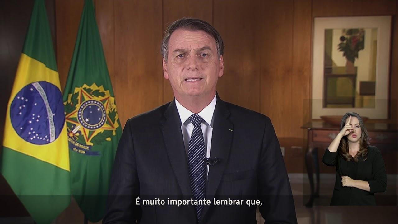 Na TV, Bolsonaro agradece Maia pela Previdência