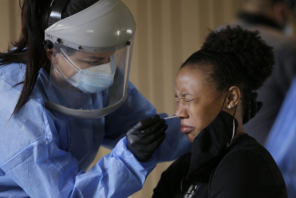 Os mortes por coronavírus estão aumentando novamente nos EUA