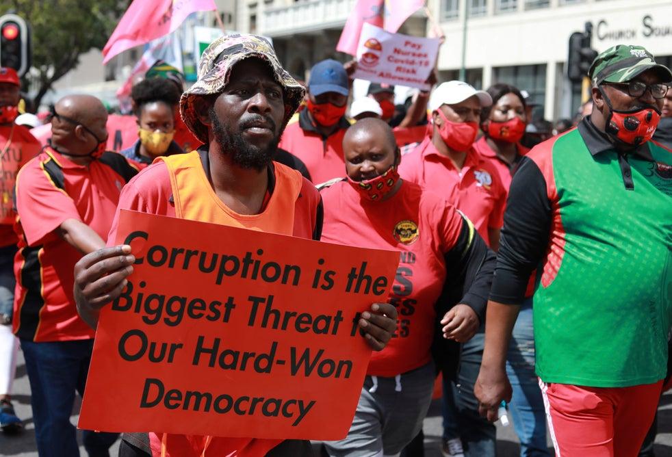 Mais de dois milhões de empregos foram perdidos no bloqueio do país