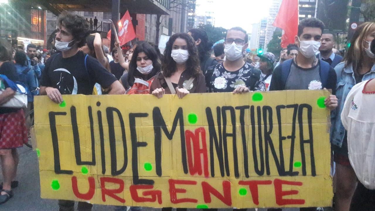 Greve pelo clima mobiliza jovens e crianças em São Paulo - Revista Galileu  | Galileu e o clima