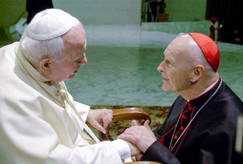 Papa Francisco promete acabar com o abuso sexual após relatório de McCarrick