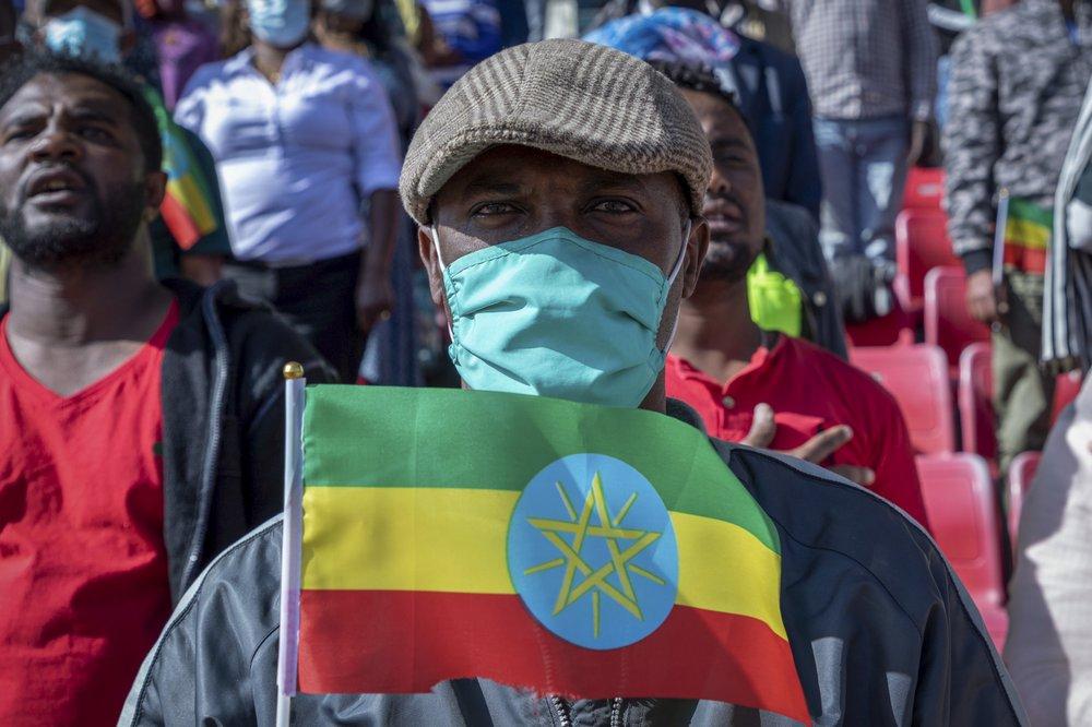 População local da Etiópia está buscando fugir dos conflitos civis presentes no país.