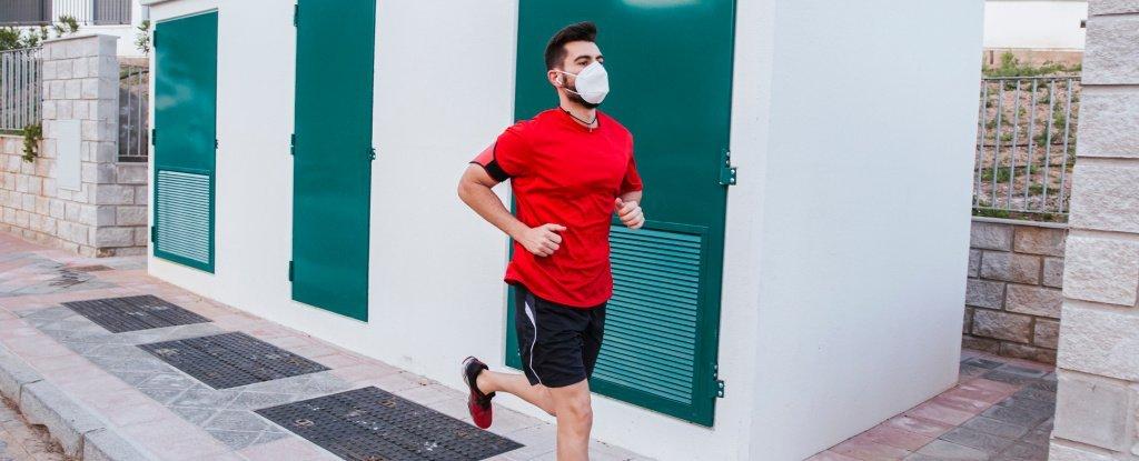 Pode parecer ruim, mas fazer exercício de mascara não é prejudicial