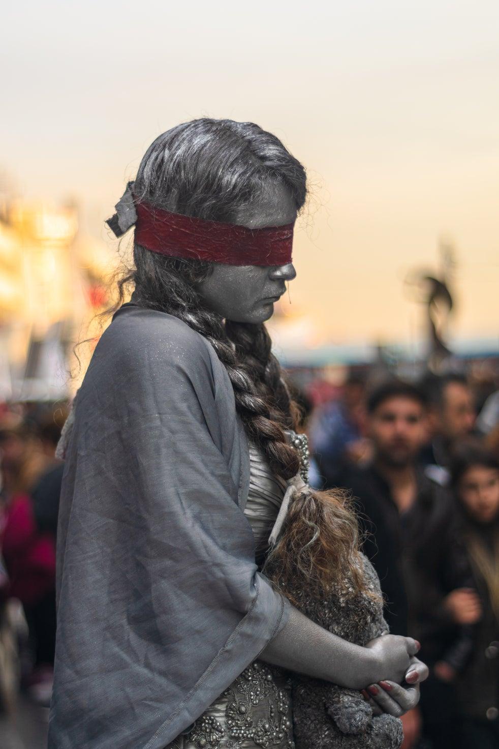 Menina, 13, resgatada de 'casamento forçado' no Paquistão