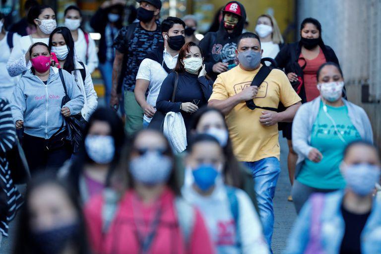 Abandonar grandes cidades é melhor que fechar fronteiras na luta contra pandemias