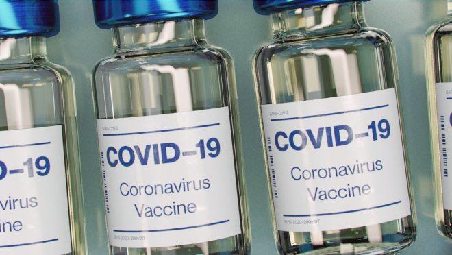 A vacina Oxford AstraZeneca é agora um modificador global. Aqui está o porquê