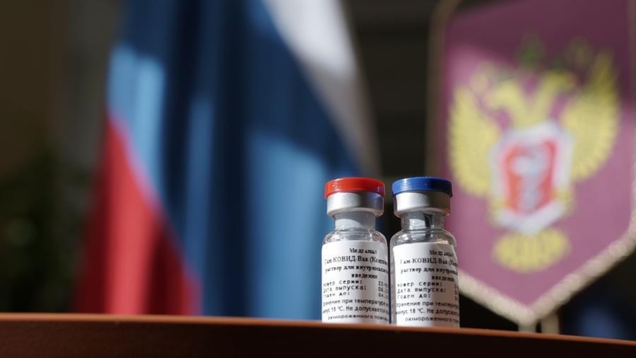 A Rússia afirma que a vacina Sputnik V Covid é 92% eficaz