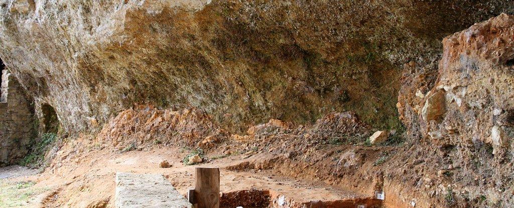 Ossos de criança enterrados há 40.000 anos resolvem um antigo mistério do Neandertal