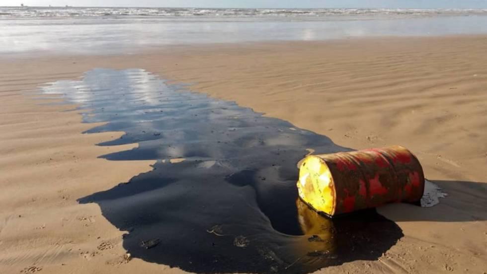 Derramamento catastrófico de óleo de um navio abandonado no Mar Vermelho pode acontecer a qualquer segundo