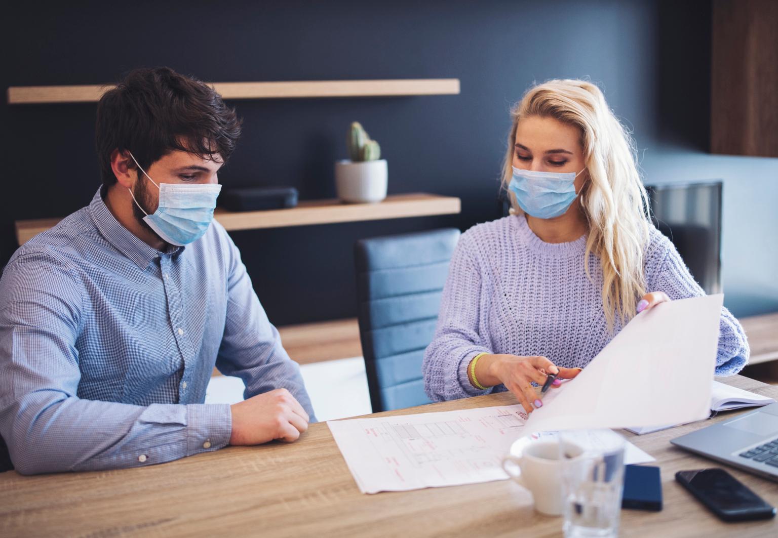 Final de ano, trabalho e o COVID-19: Celebrações e pandemia, como comemorar de forma saudável?