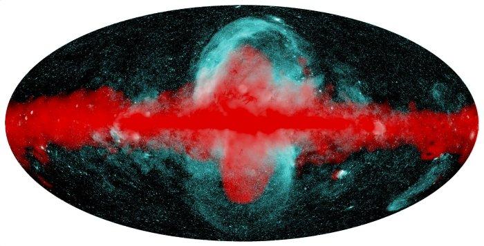 Astrônomos detectam bolhas gigantes de raios-X que se expandem acima e abaixo do plano galáctico