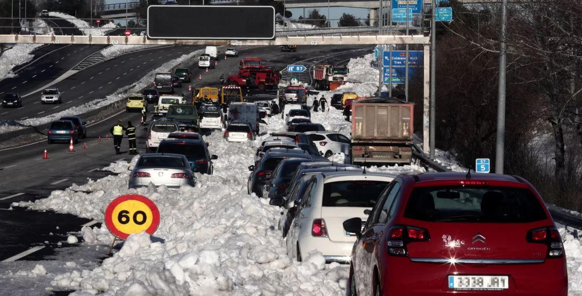 A Espanha ainda está se recuperando de sua pior tempestade de neve em 50 anos