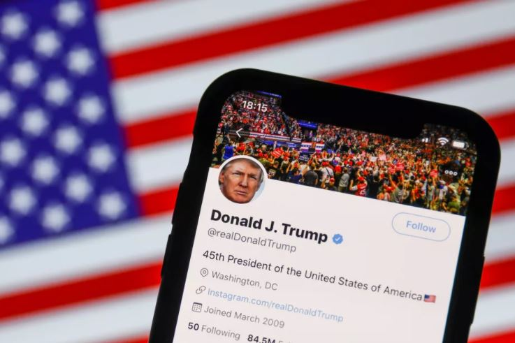 As proibições de Trump no Twitter e no Facebook estão funcionando