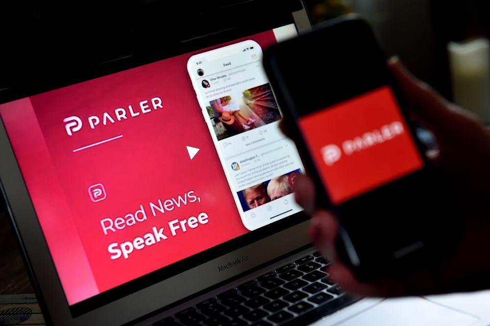 Parler volta a ficar online com a ajuda de uma empresa de tecnologia russa